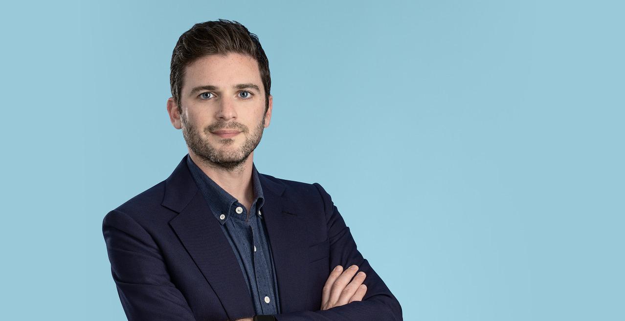 Andrew Caplan, Associate